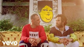 Fabri Fibra - Pamplona (feat. Thegiornalisti) (Video ufficiale e testo)