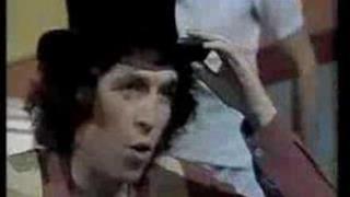 Rino Gaetano - Nun Te Reggae Più (Video e testo)