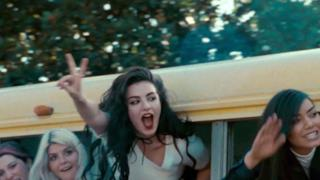Charli XCX - Break The Rules (Video ufficiale e testo)