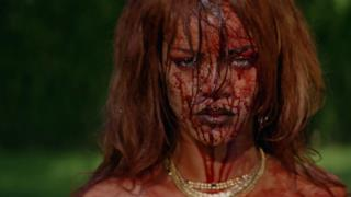 Rihanna è una sexy criminale nel video per Bitch Better Have My Money