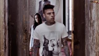 Fedez affronta l'apocalisse nel video per L'Amore Eternit