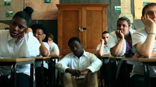 Clean Bandit - Telephone Banking (feat. Love Ssega) (Video ufficiale e testo)
