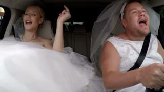 Iggy Azalea, karaoke e prime prove da sposa con James Corden (video)