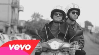 Gigi D'Alessio - Guaglione (feat. Briga) (Video ufficiale e testo)