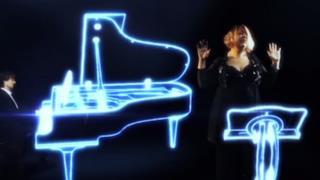 Dorotea Mele & Gabry Ponte - Lovely on my hand (video ufficiale, testo e traduzione)