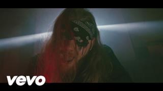 Nitro - VLLBLVCK (feat. Jack The Smoker & Izi) (Video ufficiale e testo)