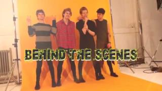 5 Seconds Of Summer - Il backstage del servizio fotografico per il libro Hey Let's Make A Band! (video)