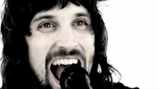 Kasabian - Switchblade Smiles (Video ufficiale e testo)