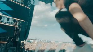 Julian Jordan - Zero Gravity (Video ufficiale e testo)