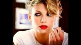 Emma Marrone - Trattengo il Fiato (Audio Ufficiale e Testo)