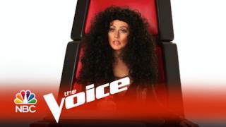 Christina Aguilera imita Miley Cyrus, Britney Spears, Lady Gaga e Cher