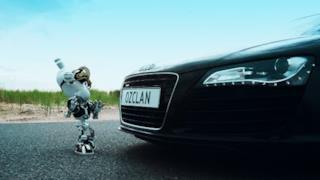 Ummet Ozcan - Megatron (Video ufficiale e testo)