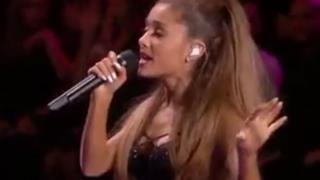 Ariana Grande - Love Me Harder live @Victoria's Secret Fashion Show 2014 (video)
