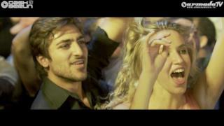 Dash Berlin - Go It Alone (feat. Sarah Howells) (Video ufficiale e testo)