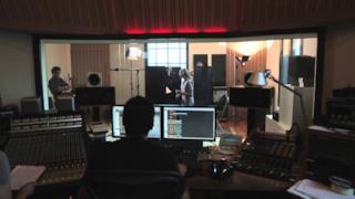 Sister Cristina in studio di registrazione per il disco d'esordio