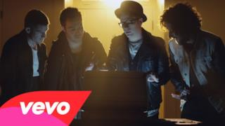 Fall Out Boy - The Phoenix (Video ufficiale e testo)
