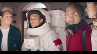 Gli One Direction presentano il nuovo profumo Between Us