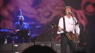 ► Paul McCartney - The Word (Bologna 2011)