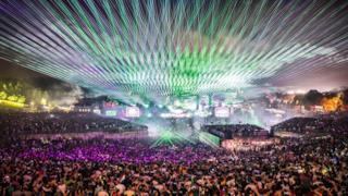 Dimitri Vegas & Like Mike - Live at Tomorrowland 2016 [FULL VINYL SET]