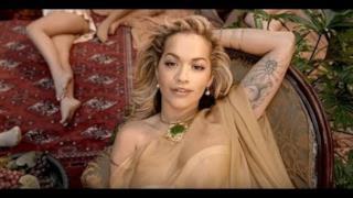 Rita Ora - Girls (feat. Cardi B, Bebe Rexha & Charli XCX) (Video ufficiale e testo)