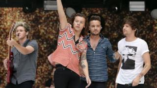 One Direction - Best Song Ever (Summertime Ball 2015)