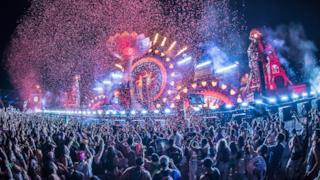 Martin Garrix Live at EDC Las Vegas 2016