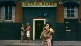 Amy Winehouse - Fuck Me Pumps (Video ufficiale e testo)