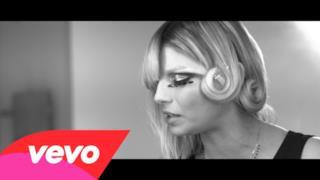 Emma - L'amore non mi basta - Video ufficiale versione acustica