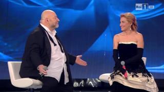 Grazia Di Michele e Mauro Coruzzi (Platinette) - Io Sono Una Finestra (Sanremo 2015 video e testo)