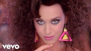 Katy Perry - Last Friday Night (T.G.I.F.) [feat. Missy Elliott] (Video ufficiale e testo)
