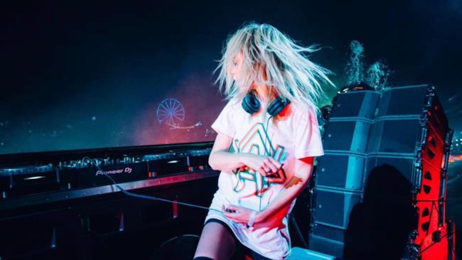 Alison Wonderland - Live @ Electric Daisy Carnival (EDC Orlando 2016)