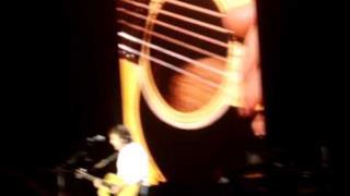 ► Paul McCartney - Blackbird (Bologna 2011)