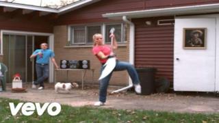 Major Lazer - Original Don (Crookers Remix) [feat. The Partysquad] (Video ufficiale e testo)