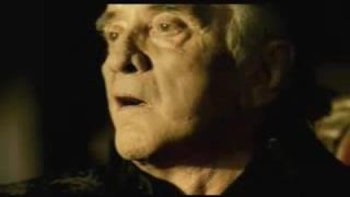 Johnny Cash - Hurt (Video ufficiale e testo)