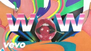 Beck - Wow (Video ufficiale e testo)