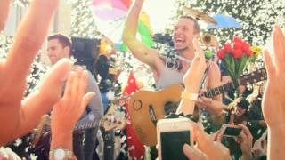 Coldplay - A Sky Full Of Stars (video ufficiale)