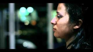 Fabri Fibra - Le Donne (Video ufficiale e testo)