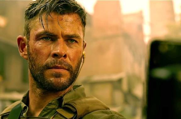 Tyler Rake (Extraction), il trailer ufficiale con Chris Hemsworth