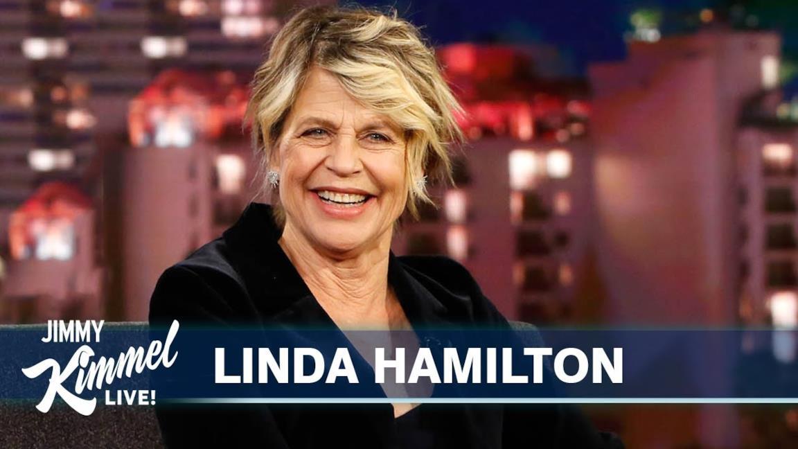 Un piano medio di Linda Hamilton