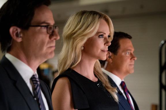 Storia (vera) di tre donne che hanno fanno tremare Fox News: ecco il trailer di Bombshell, ora su Amazon