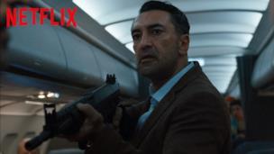 Un volo ad alta tensione | Into the Night | Netflix