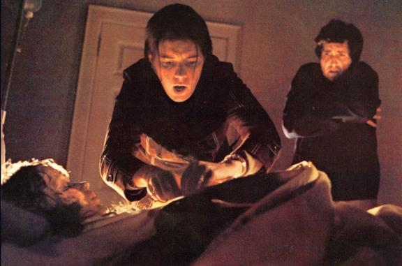 L'Esorcista, le incredibili reazioni all'uscita nei cinema spiegano le origini del mito