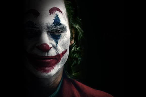 Joker, una featurette da oltre 22 minuti ci porta dietro le quinte del film