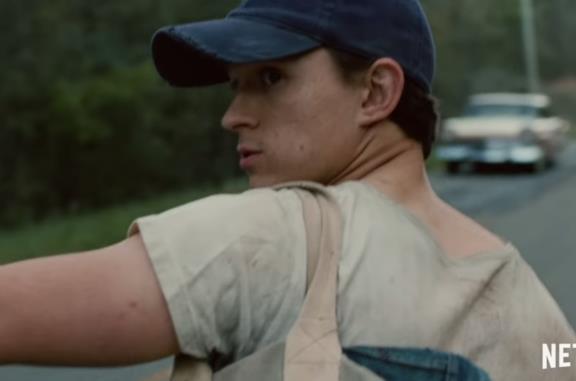 Le strade del male, primo trailer del drammatico film Netflix
