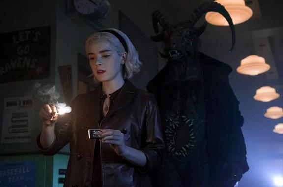 Le Terrificanti Avventure di Sabrina 3: il nuovo trailer musicale suona dritto all'Inferno