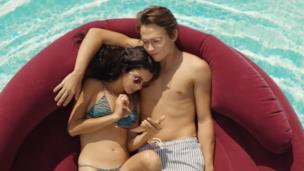 Sotto il sole di Riccione | Teaser ufficiale | Netflix Italia