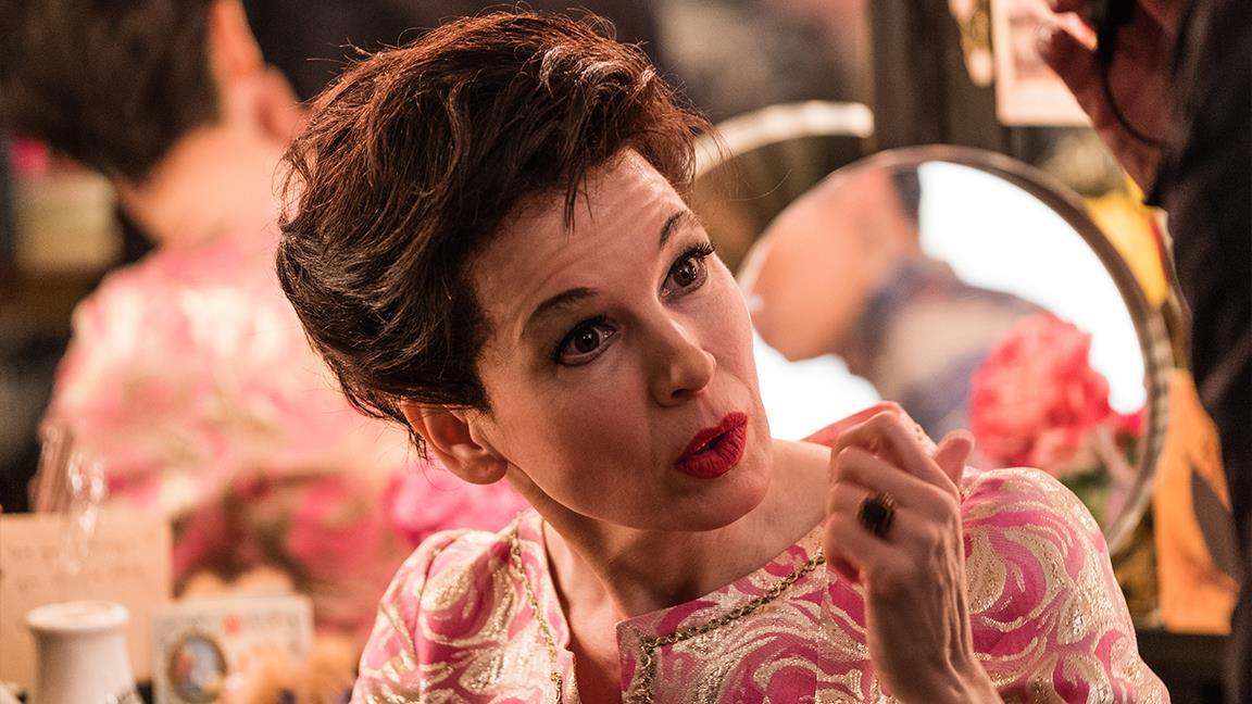 Judy, il nuovo trailer del film su Judy Garland con Renée Zellweger