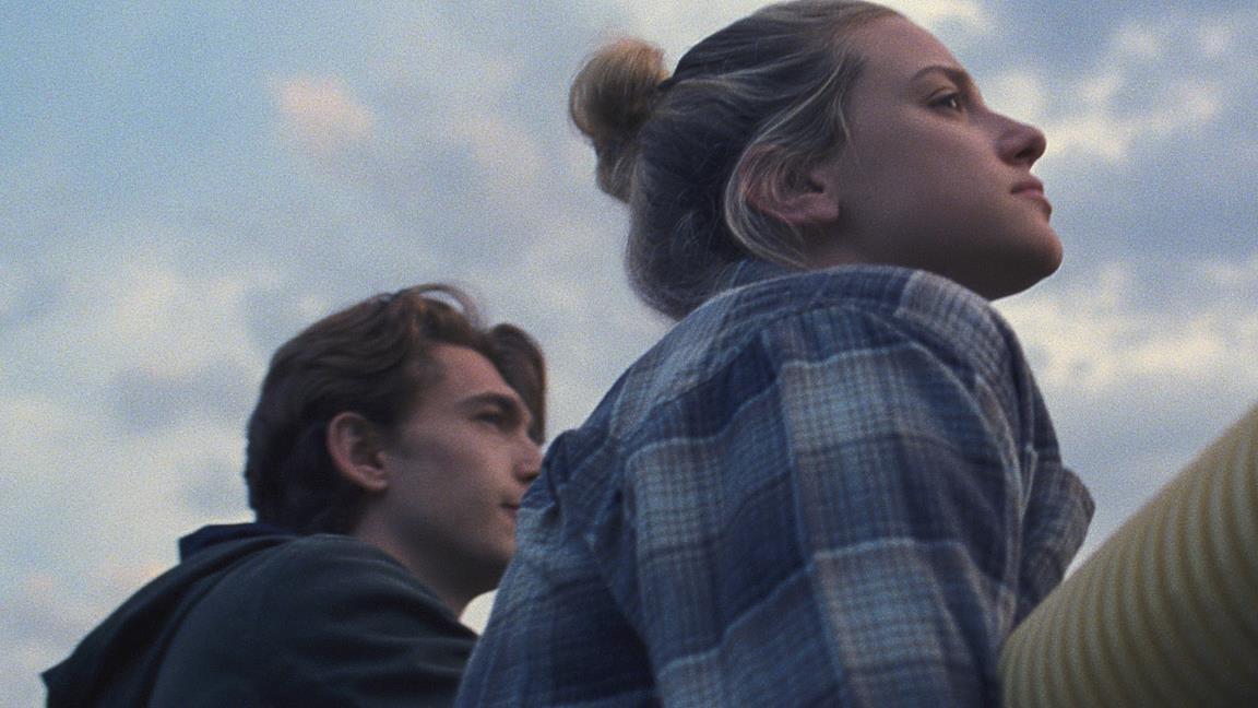 Chemical Hearts, trailer e trama del film Amazon con Lili Reinhart