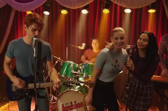 Riverdale 4: EW pubblica per sbaglio il recap dell'episodio musicale (e ora il web è pieno di spoiler)