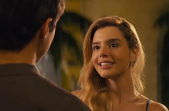 Amore, equivoci e pomodori nel nuovo film Netflix Ricchi d'amore